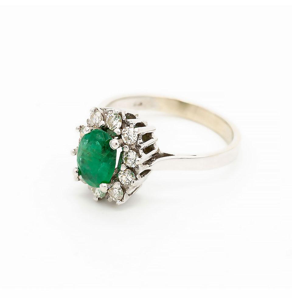 Inel din aur alb cu smarald și diamante