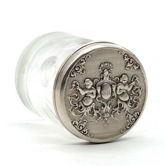 Casetă cilindrică din cristal, cu capac din argint