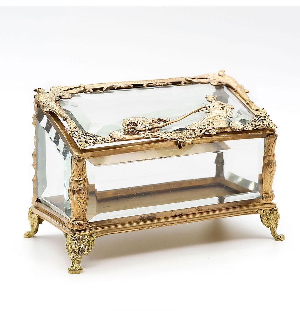 Caseta din cristal și bronz doré