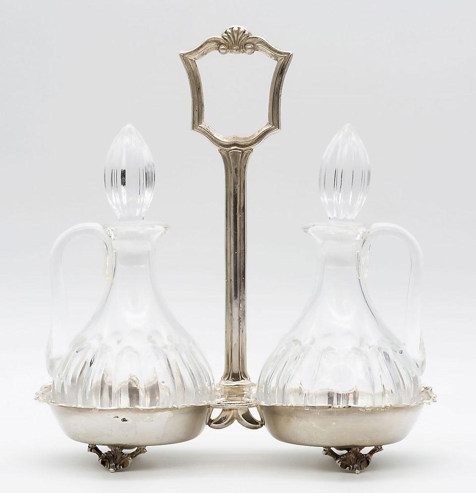 Olivieră din argint, stil Biedermeier